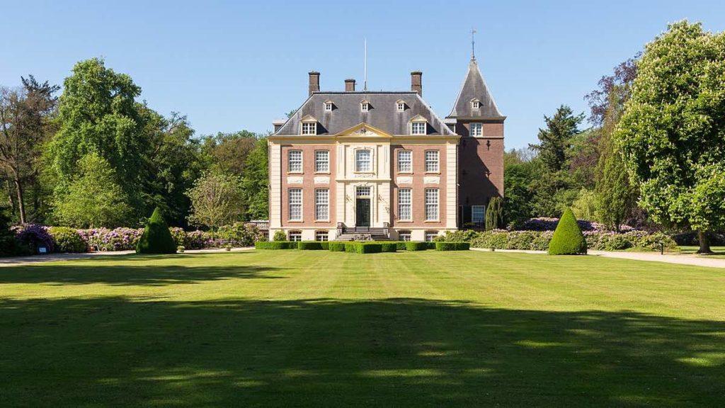 1200px-Huis_Verwolde_02